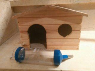 Caseta madera y bebedor mascotas pequeñas