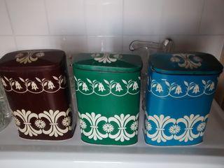 3 latas antiguas de chocolates ZAHOR
