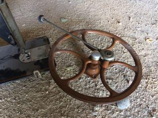 Maquina de coser antigua harris