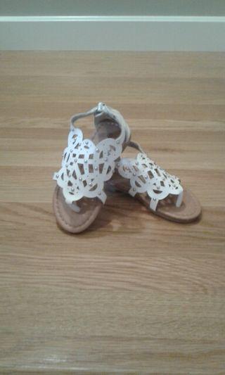 Sandalia blanca romana bebé N° 23