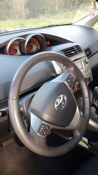 Toyota verso automático 7 plazas del año 2009