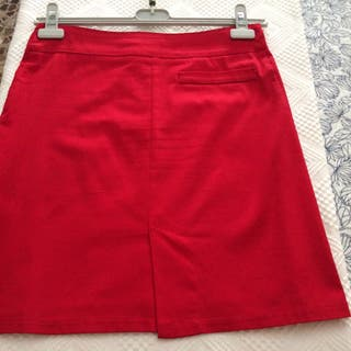Falda roja