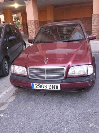 Mercedes 230 compresor