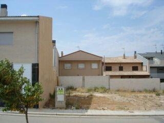 Terreno urbanizable de 200 m2 en Fuentes de Ebro.