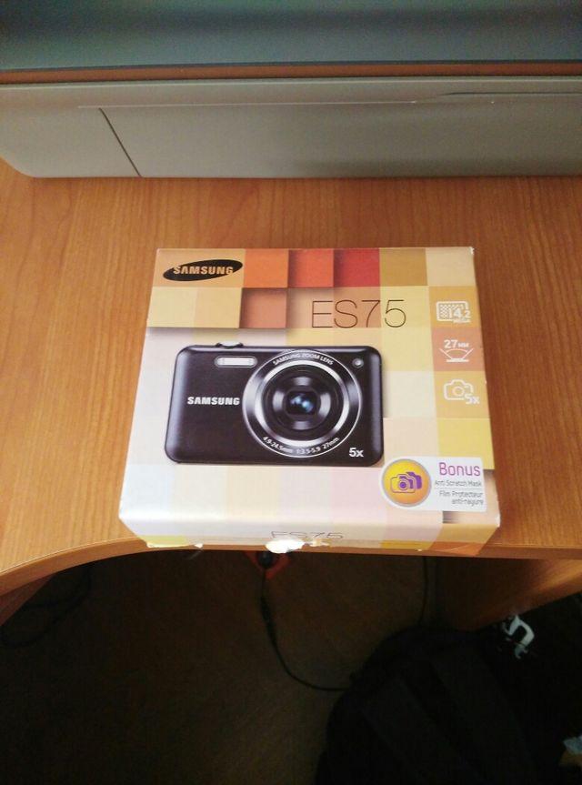 Camara de fotos Digital Samsung ES75