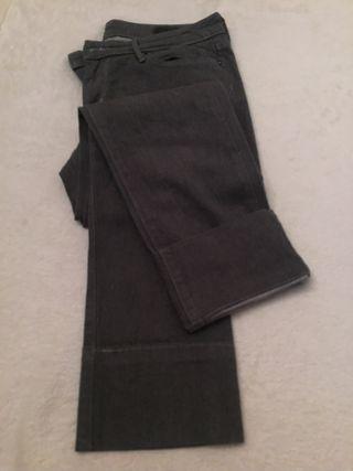 Pantalones Jeans Grey Levis talla 38