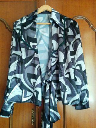 Blusa tipo chaqueta