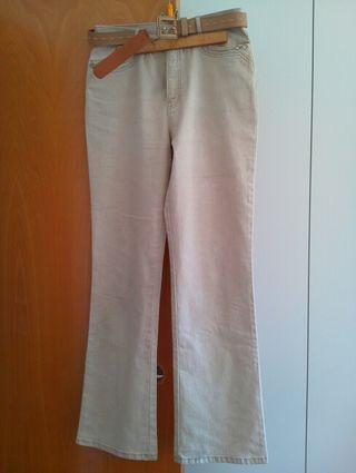 Pantalones de mujer, marcas reconocidas