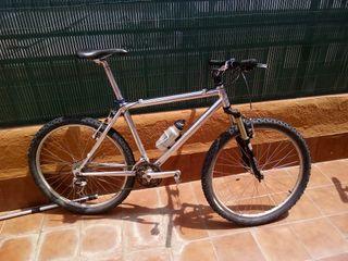 Bicicleta 26 aluminio xt completo