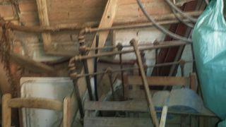 Cama de forja antigua