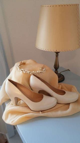 Zapato novia y tiara