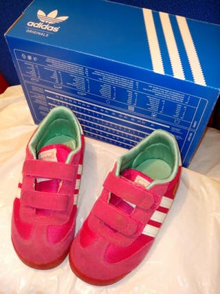 Zapatilla Adidas niña