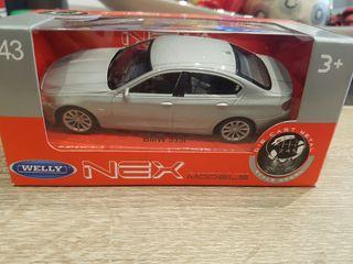 Maqueta 1/43 BMW 535i