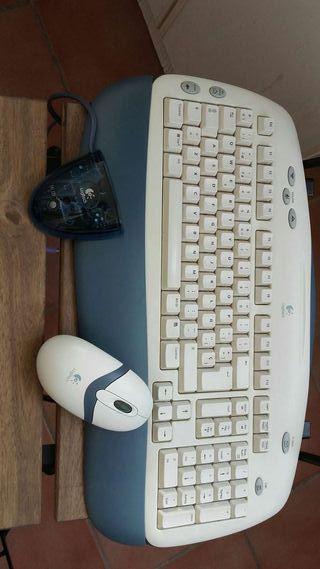 Teclado y mouse inhalambrico y optico Logitech