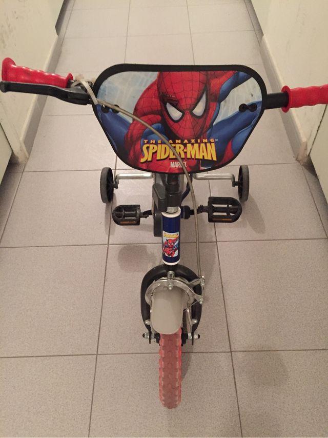 Bicicleta niño spiderman