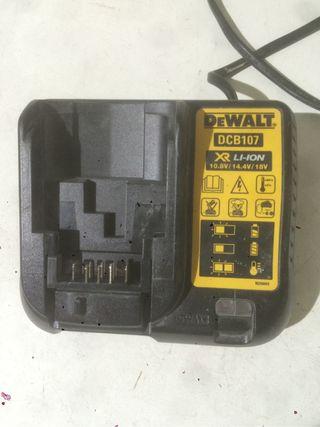 Cargador y bateria dewalt
