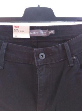 Pantalón Levi's negro Slim Demi Curve 46