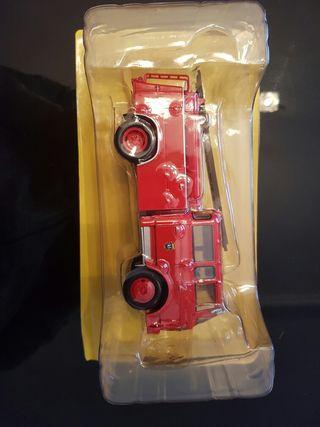 Maqueta 1/43 camion de bomba urbana de bomberos