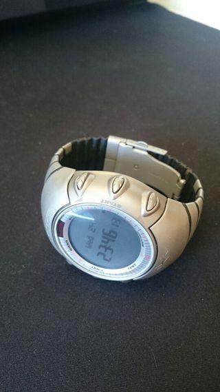 Reloj polar axn700 titanio
