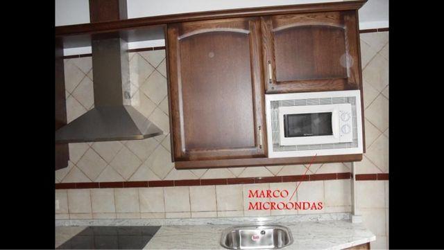 Marco microondas universal blanco