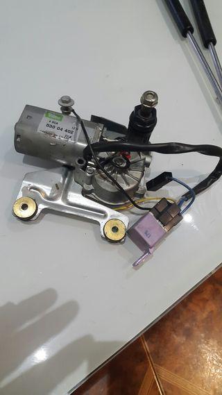 Motor de limpia trasero de peugeot 205