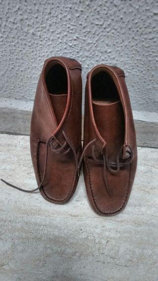 Mocasines piel y zapatillas