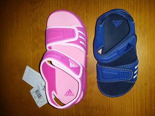 Sandalias adidas, tallas 29,33 y 34