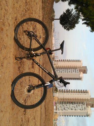 Bicicleta De montaña total mente nueva