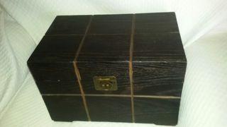 Baúl de madera. Sin usar.