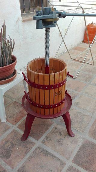 Prensadora de vino o sidra