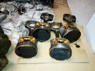 4 pistones y bielas honda D16Z6