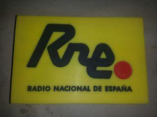 logo para micrófono de radio nacional de España
