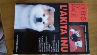 Akita inu libro en FRANCÉS
