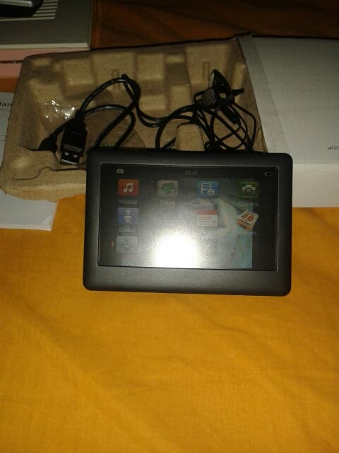 Mini tablet multimedia.