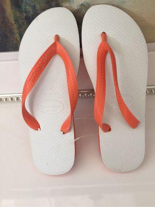 Zapatillas havaianas naranjas talla 39/40