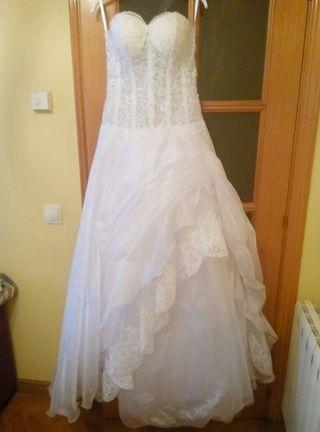 Vendo vestido de novia blanco y largo