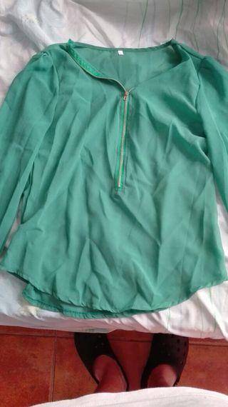 Blusa verde nueva