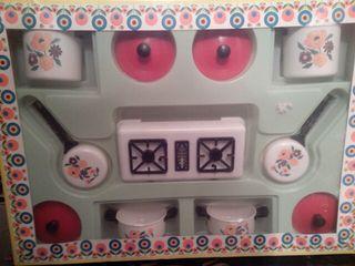 Antigua cocina juguete