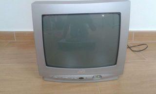 Televisor y DVD