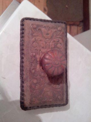 Antiguo sello tampón de madera labrada