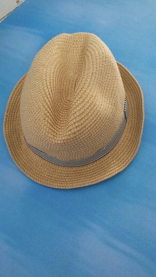 Sombrero Nuevo a extrenar.