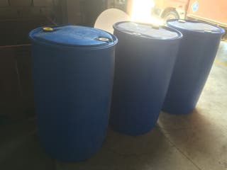Depósitos , Barriles de plástico