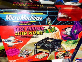 Base MicroMachines Space Allien Pitfall nueva