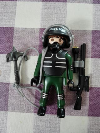 Policia especial swat playmobil