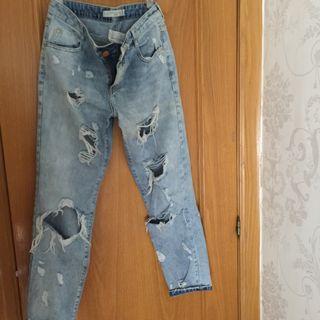 Jeans rotos Zara Trafaluc