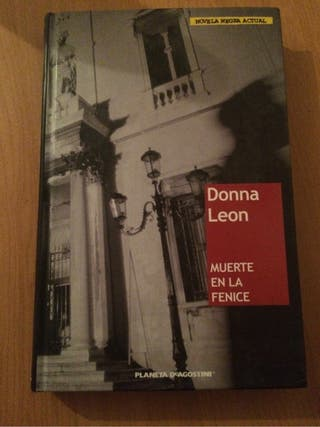"Libro ""Muerte en la Fenice"""