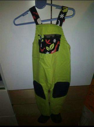 Pantalones de gateo nuevos