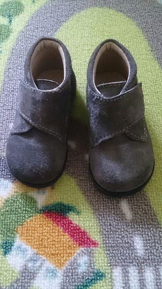 Pozuelo En De Mano Zapatos Inglés Alarcón Corte Segunda El HxwgYHBq0