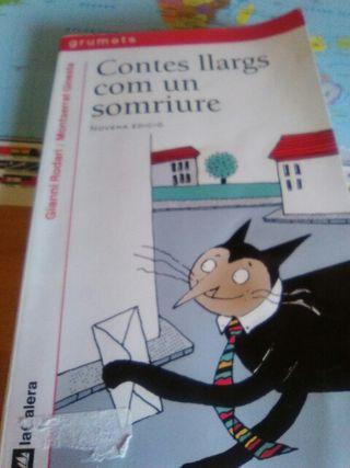 Libro CONTES LLARGS COM UN SOMRIURE