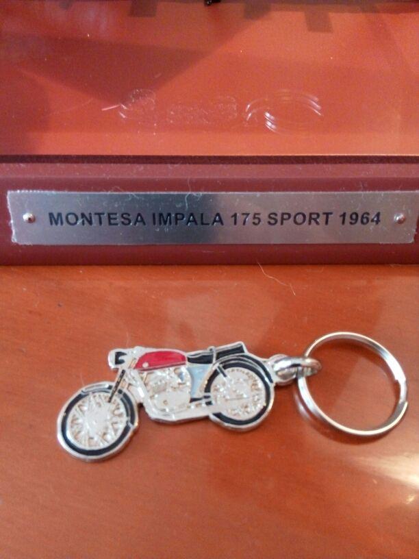Llavero Montesa Impala